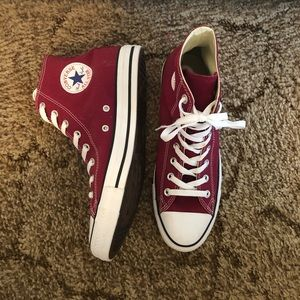Maroon Converse All Star